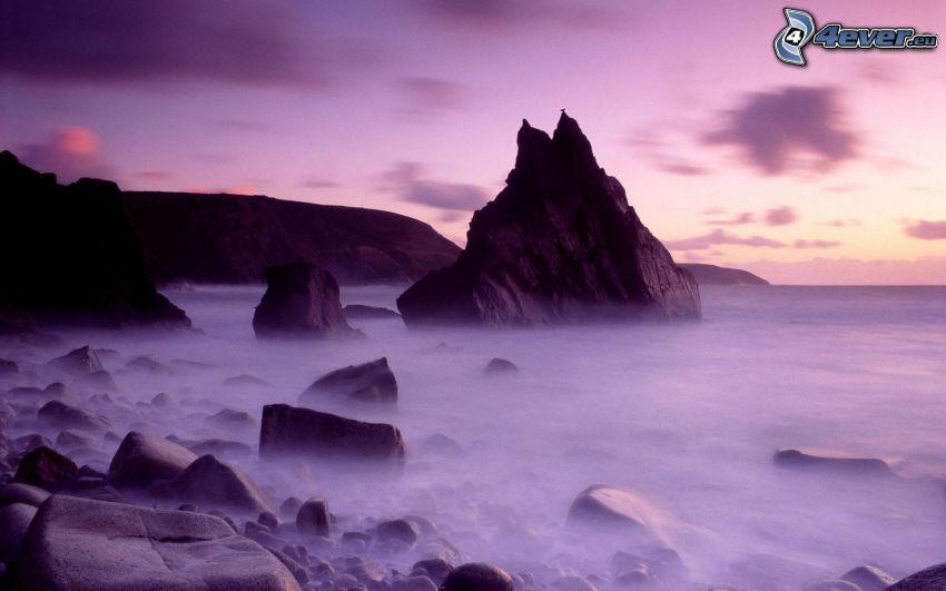 klippstrand, hav, lila himmel