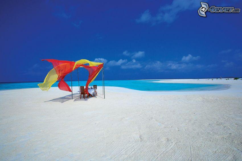 sandstrand, utesittande, azurblå hav