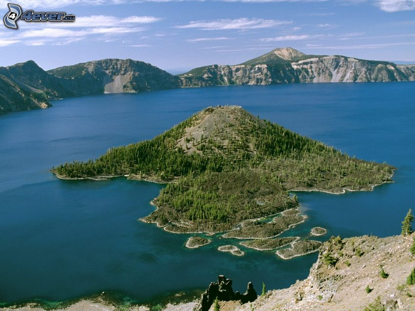 Wizard Island, Crater Lake, bergskedja, Oregon, USA
