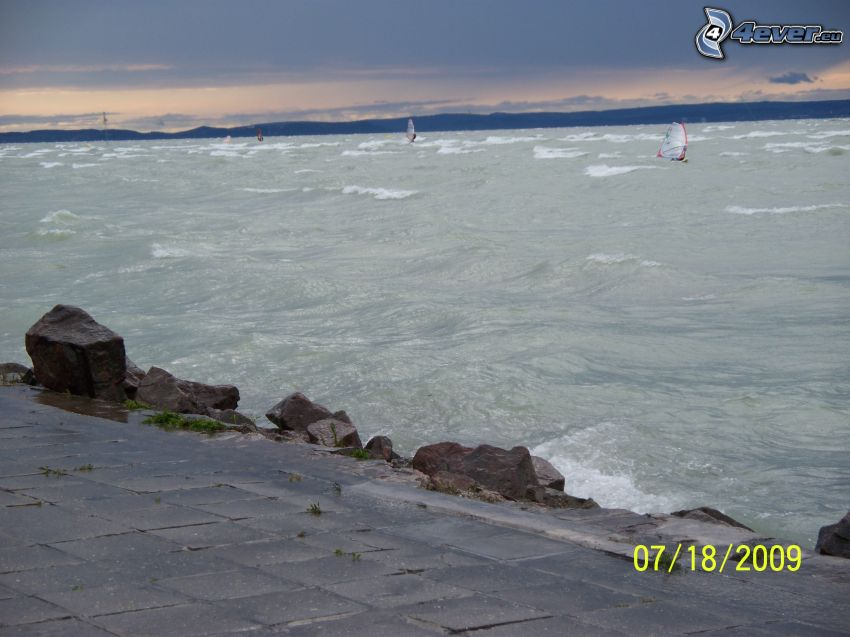 Balaton, sjö, vågor, windsurfing