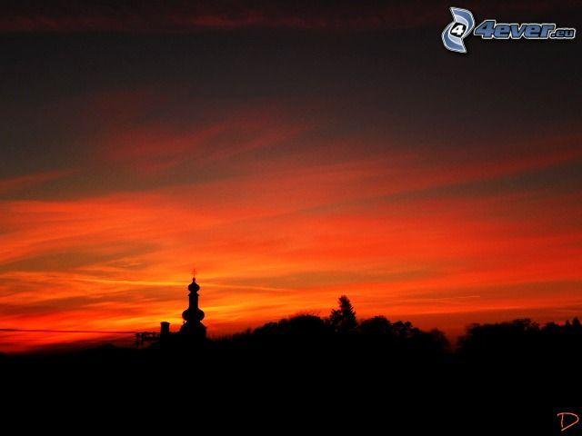 kvällsjus, orange himmel, kyrktorn, silhuett av stad, silhuett av kyrka