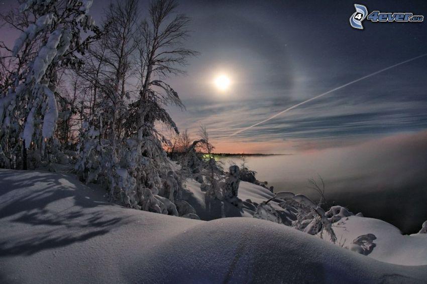 vinterlandskap, snö, måne, moln