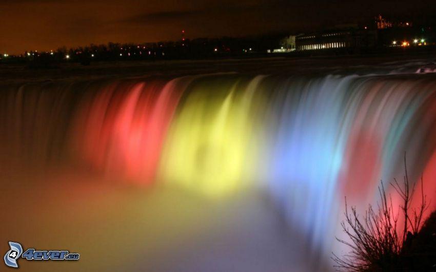 Niagaras vattenfall, färggrann belysning