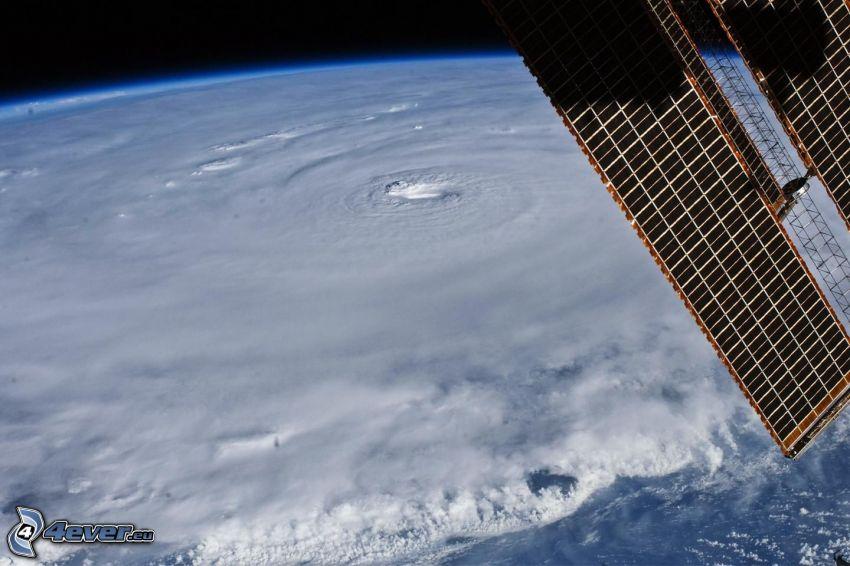 ögat av orkan från rymden, Internationella rymdstationen ISS