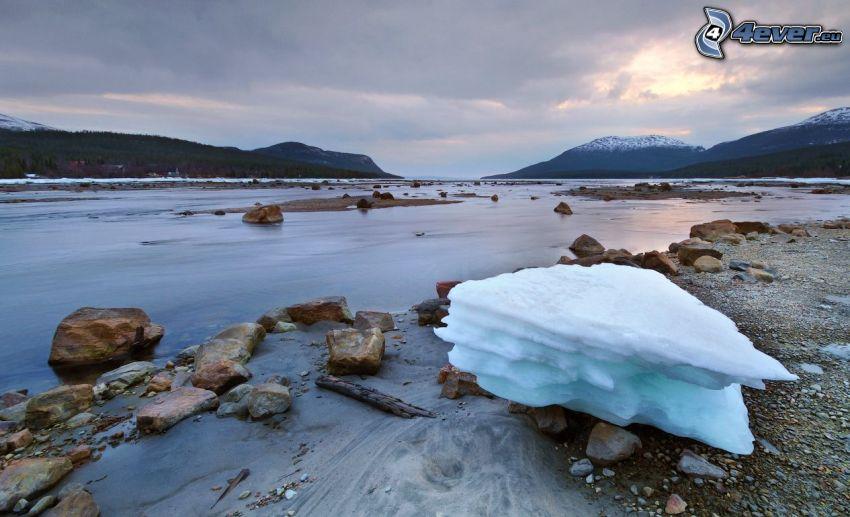 sjö, isflak