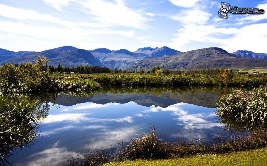 sjö, kullar, spegling
