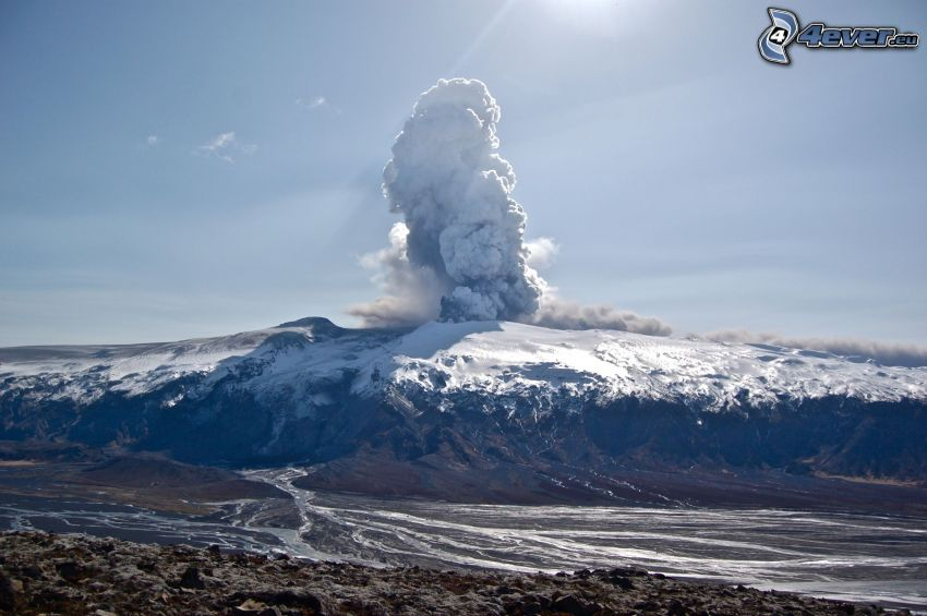 vulkanutbrott, Island, snö