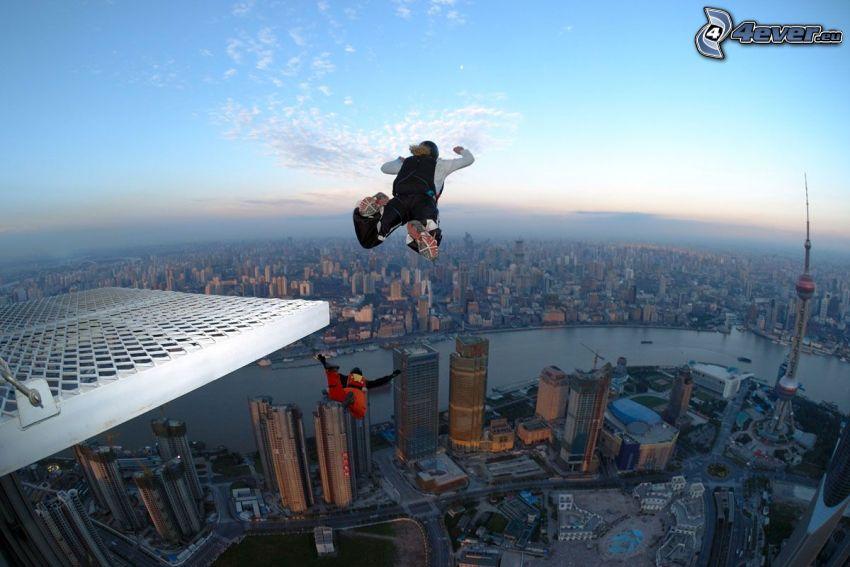 BASE Jump, fritt fall, stad