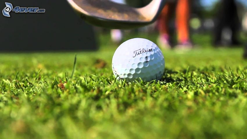 golfboll, golfklubba, gräsmatta