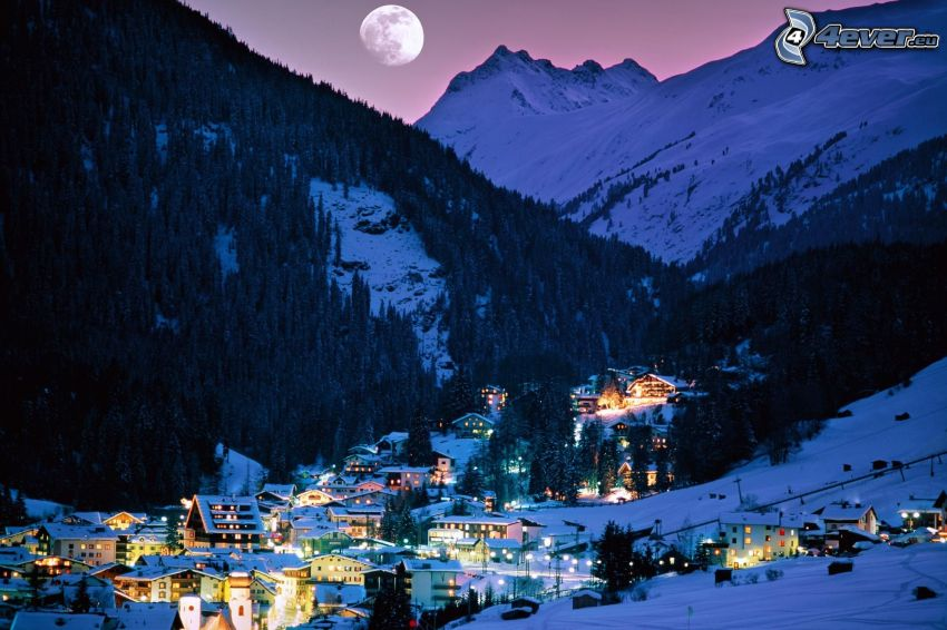 by, dal, snöig bergskedja, måne