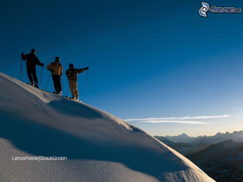 skidåkare, utsikt över landskap, snö