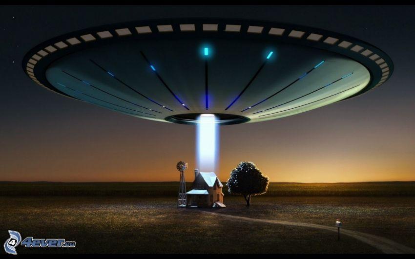 UFO, hus, träd