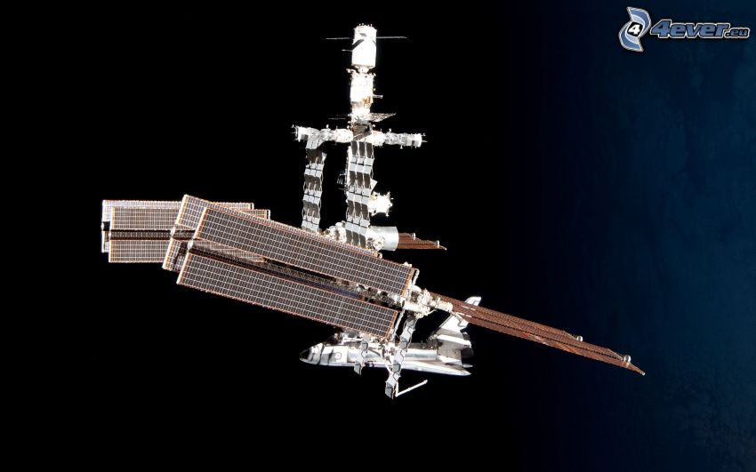 Internationella rymdstationen ISS, raket