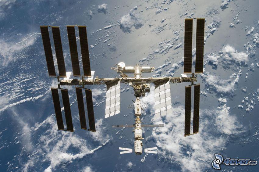 ISS ovanför jorden