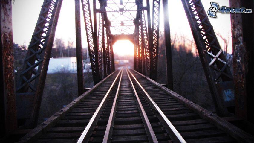 järnväg, järnvägsbro, solnedgång
