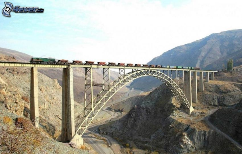 järnvägsbro, tåg, väg, dal