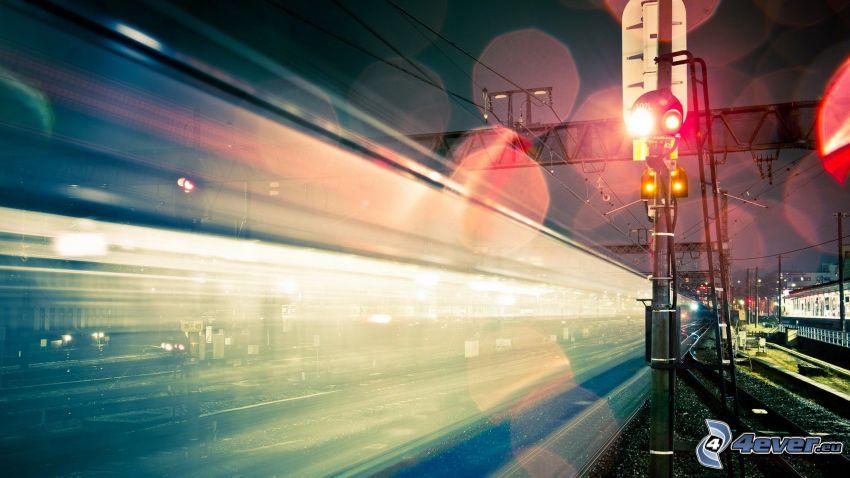 tåg, fart, natt, trafikljus