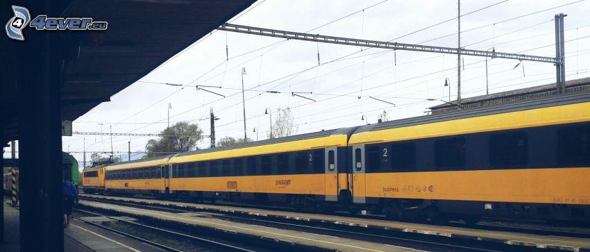 tåg, RegioJet, järnvägsstation