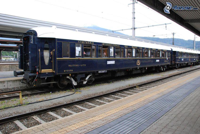 Venice Simplon Orient Express, Pullman, historiska godsvagnar, järnvägsstation