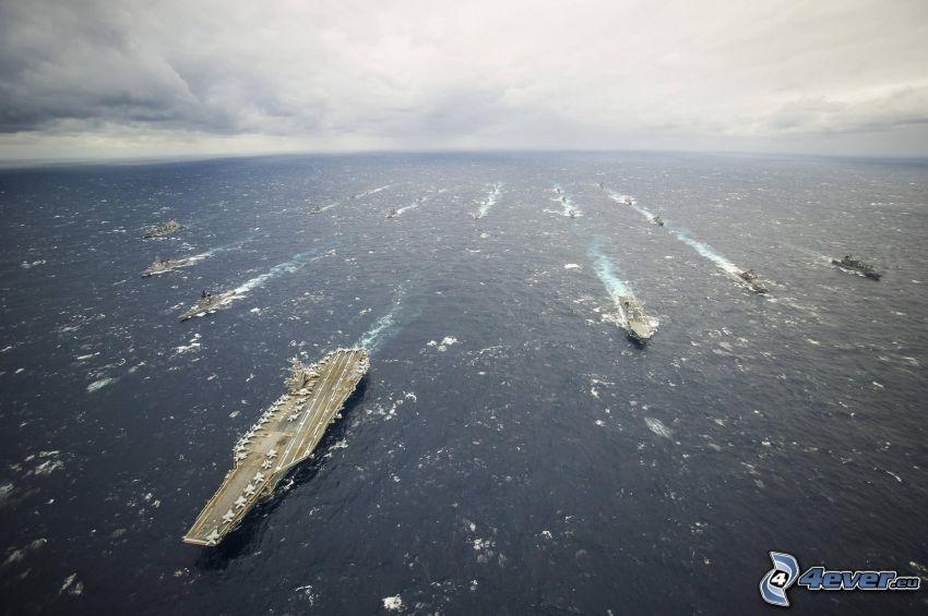 USS George Washington, hangarfartyg, öppet hav