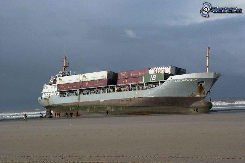 fraktfartyg, strand