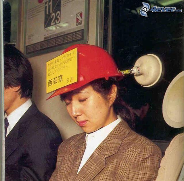 kvinna med hjälm, Japan