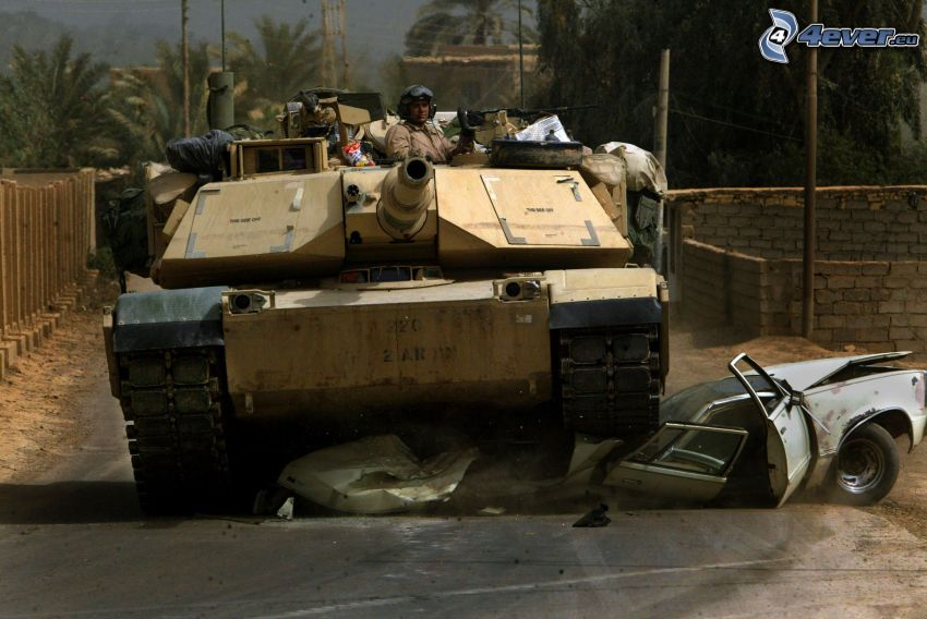 tank vs. personbil, M1 Abrams
