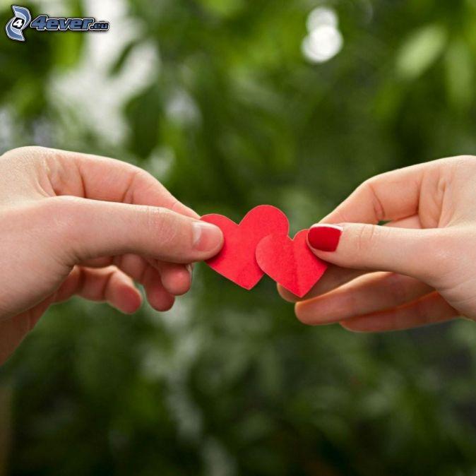corazones, manos