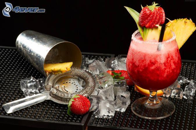 cóctel, fresas, cubitos de hielo, piña