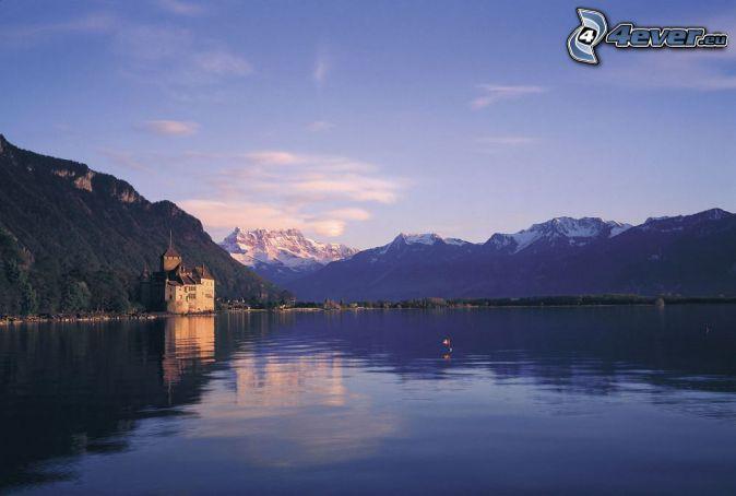 Castillo de Chillon, río, sierra