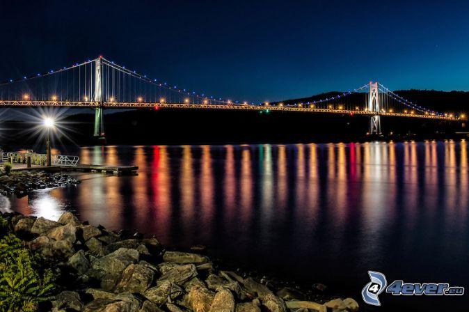 Mid-Hudson Bridge, puente iluminado, noche