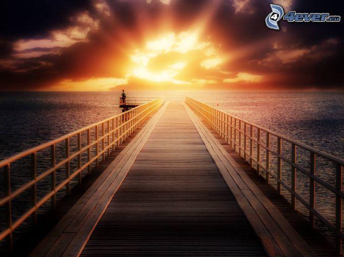 puesta de sol en el mar, muelle de madera, Alta Mar