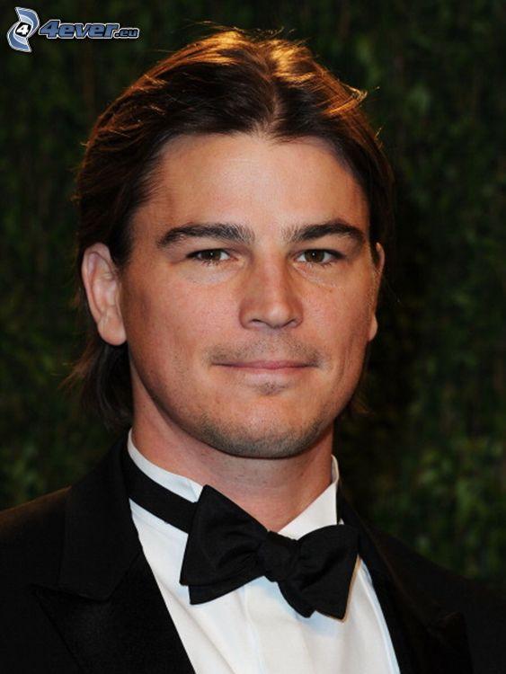 Josh Hartnett, corbata de lazo