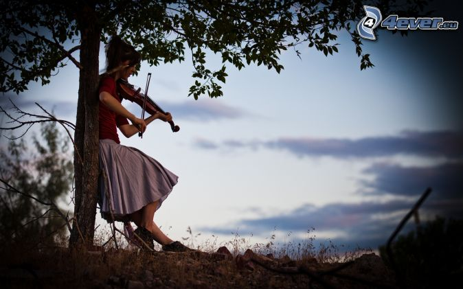 Bienvenidos al nuevo foro de apoyo a Noe #326 / 31.07.16 ~ 14.08.16 - Página 35 Tocar-el-violin,-muchacha-con-el-violin,-arbol,-naturaleza-159462
