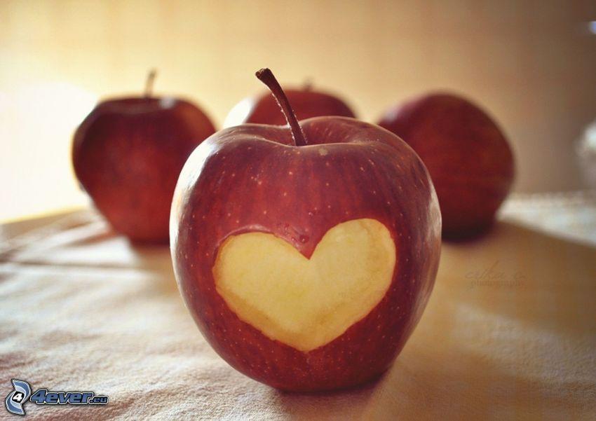 corazón, manzanas rojas