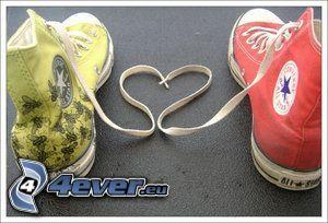 corazón de cordones, zapatos