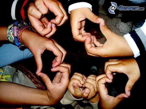 corazón de las manos, corazones, manos, niños