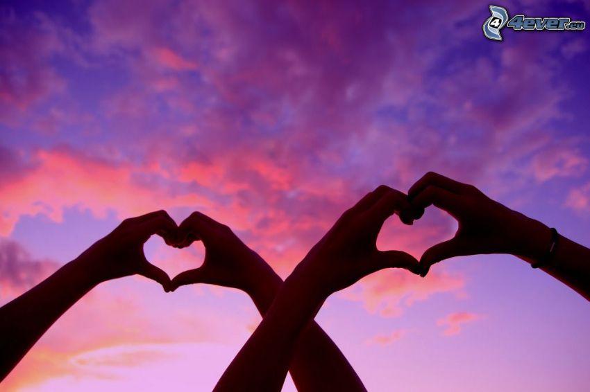 corazón de las manos, nubes, cielo púrpura