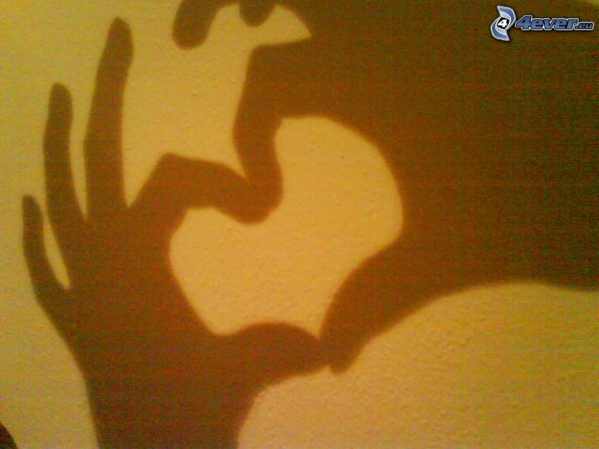 corazón de las manos, sombra