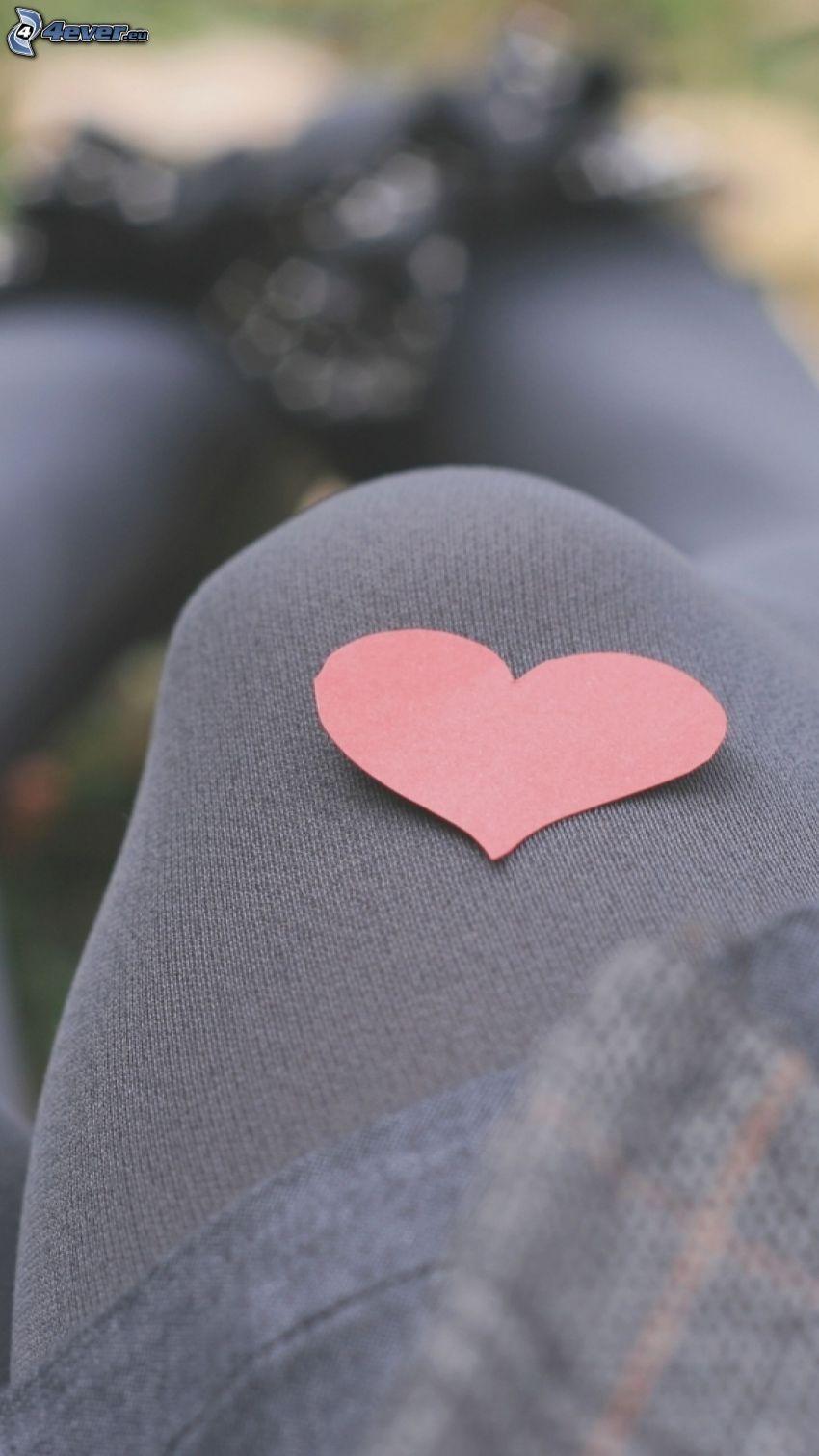 corazón de papel, pie