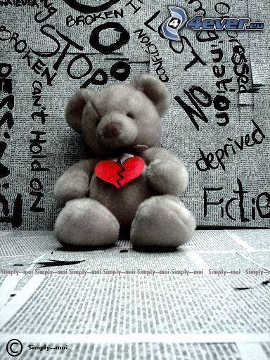 oso de peluche, corazón roto