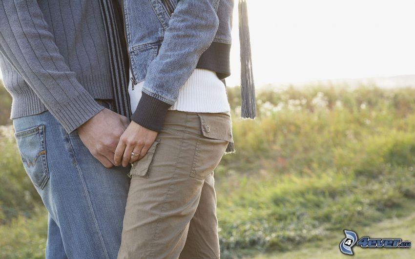 abrazo suave, pareja