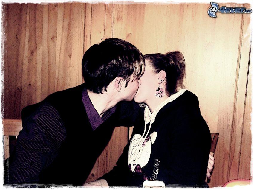 ella y él, beso, amor
