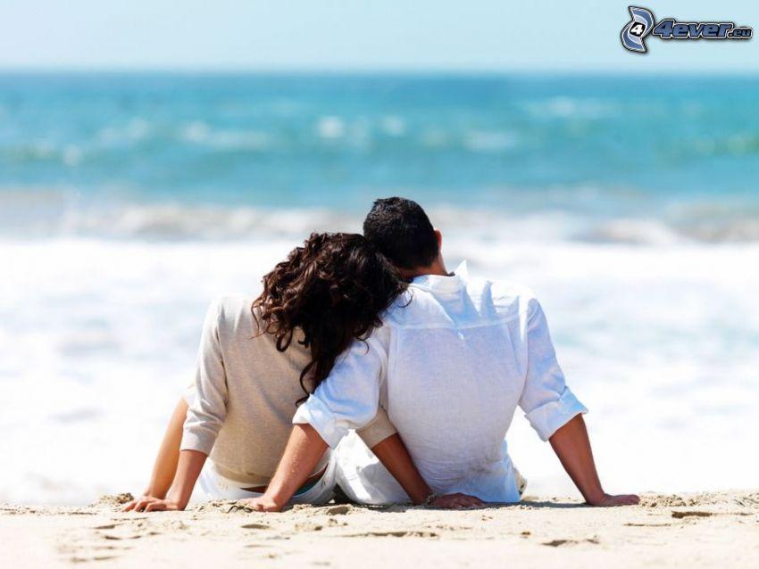 pareja en la playa, mar