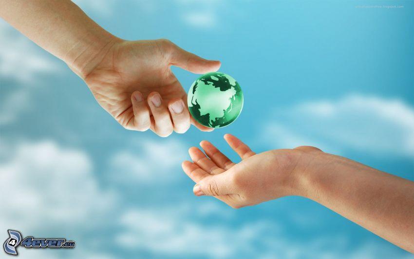 Tierra, manos