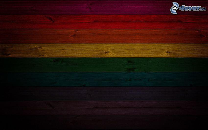tiras de colores, pared de madera