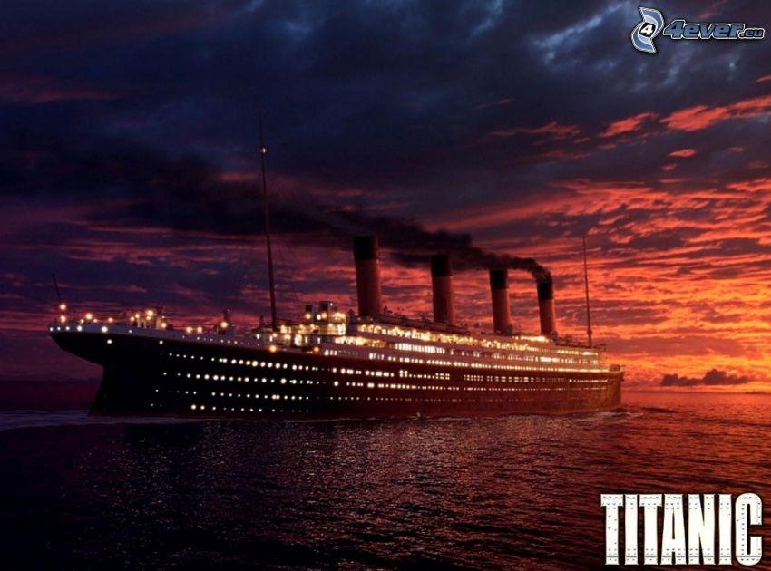 Titanic, después de la puesta del sol, nubes