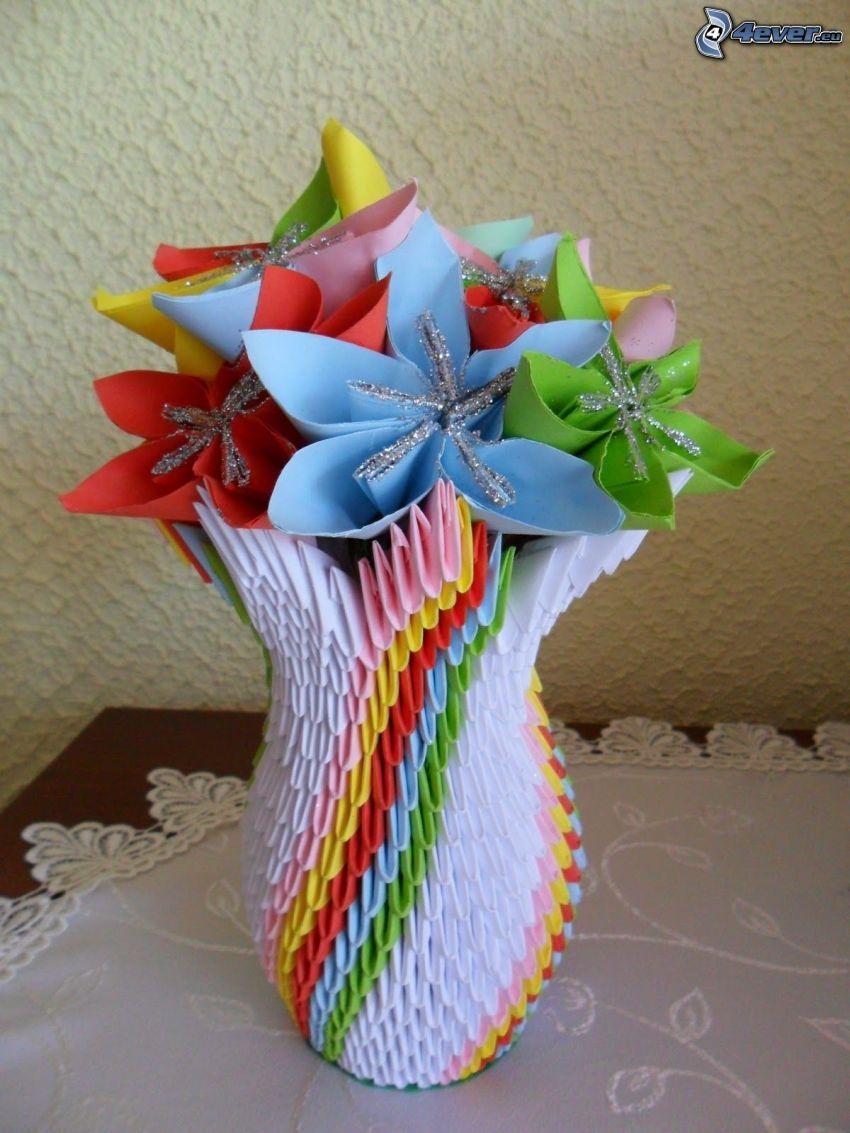 origami, flores en un florero, papel de color