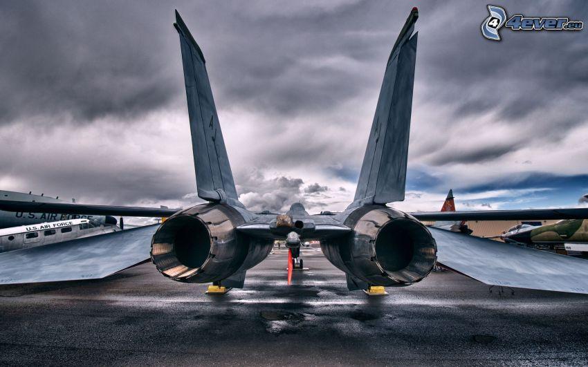 F-14 Tomcat, motores de coriente