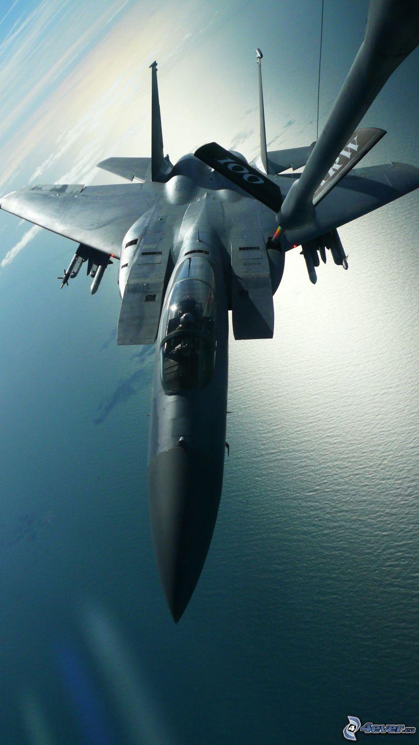 F-15 Eagle, reabastecimiento en vuelo